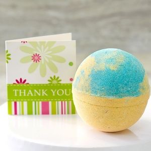 Other - NWT! Bath Bomb w/Thank You Greeting Card Gift set